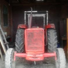 Tractor International cu plug si freza