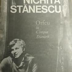 RWX 13 - ORFEU IN CAMPIA DUNARII - NICHITA STANESCU - Carte poezie