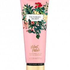Fragrance Lotion - Velvet Petals - Lotiune de corp Victoria's Secret