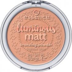 Luminous Matt Bronzing Powder Essence