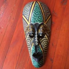 Arta africana - Masca deosebita din lemn pictata manual - model deosebit !!! - Arta din Africa