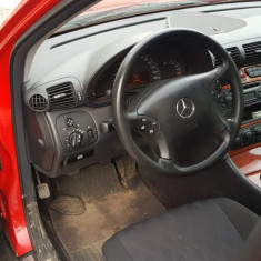 Mercedes C Class 240, An Fabricatie: 2000, Benzina, 207000 km, 2600 cmc