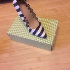 Incaltaminte dama! - Pantof dama Zara, Culoare: Rosu, Marime: 36, Cu toc