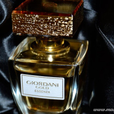 Giordani Gold Essenza Oriflame sigilat original 50 ml - Parfum femeie Oriflame, Apa de parfum