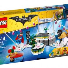 LEGO Batman Movie - Aniversarea Justice League 70919 - Medalii Romania