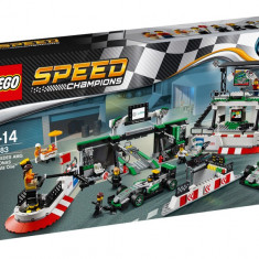LEGO Speed Champions - MERCEDES AMG PETRONAS Formula One Team 75883
