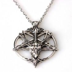 Pandantiv Medalion Lantisor pentagrama pentagrama intoarsa - Pandantiv fashion