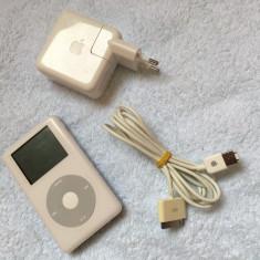Apple A1099 iPod Classic 4th Generation 20Gb ( Color Display ), Alb