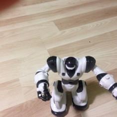 Robot de jucarie - Roboti de jucarie