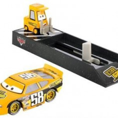 Masinuta Mattel Cars Pit Crew Launchers Octain Gain No. 58