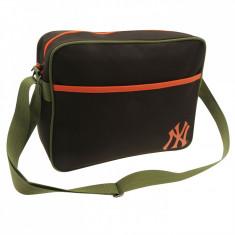 Geanta New York Yankees MLB -35X27X9cm- licenta oficiala MLB, factura, garantie - Geanta Barbati Puma, Marime: One size, Culoare: Maro, Geanta tip postas