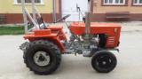 Tractor YTO DFH 180 cu remorca plug si grapa