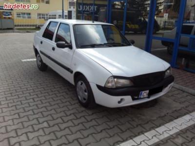 Dacia Solenza foto