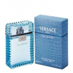 Versace Versace Man Eau Fraiche EDT 200 ml pentru barbati - Parfum barbati Versace, Apa de toaleta