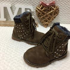 Ghete maro imblanite cu tinte bocanci pantofi sport copii fete 26 27 28 30, Din imagine