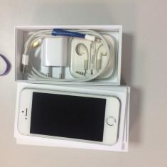 TELEFON iPhone 5S Apple, Argintiu, 16GB, Neblocat