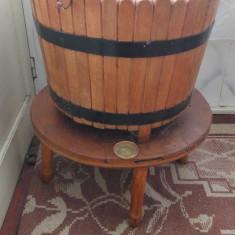 Vand ghiveci cu suport vechi