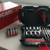 Ducati Corse Trusa Auto Lanterna LED + Accesorii NOU !