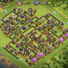 Cont clash of clans, th11 aproape full!