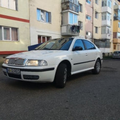 Auto -  Skoda, OCTAVIA, Benzina, Berlina