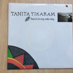 Tanita Tikaram Twist in my sobriety disc single vinyl 7