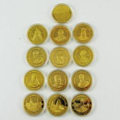 Lot 13 medalii Medalie Carol Ferdinand Traian Decebal Domnitori Romani si Regi - Medalii Romania