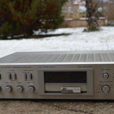 Amplificator Akai AM U 04 - Amplificator audio Akai, 81-120W