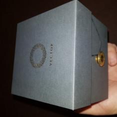 Vector Luna Smartwatch, Otel inoxidabil