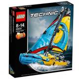 LEGO Technic - Iaht de curse 42074