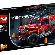 LEGO Technic - Interventie de urgenta 42075