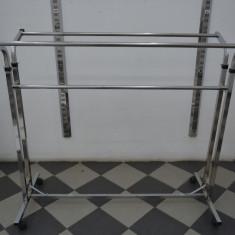 Stander / mobilier magazin