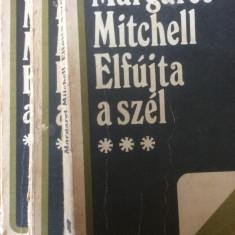 ELFUJTA A SZEL - MARGARET MITCHELL - 3 VOLUME - CARTE IN LIMBA MAGHIARA - Carte in maghiara