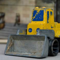 Macheta Mattel Inc 1979 Hong Kong - excavator, incarcator frontal - Macheta auto Matchbox, 1:64