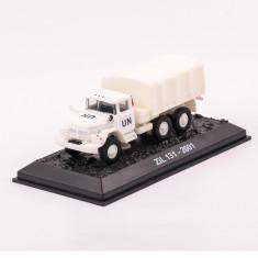 Macheta camion ZIL 131 - 2001 scara 1:72