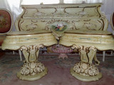 Set comode/noptiere vintage, stil baroc/vintage,cu patina, Paturi si seturi dormitor, Dupa 1950