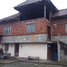 Vand casa P+1 teren si livada - Casa de vanzare, 250 mp, Numar camere: 6, Suprafata teren: 2000