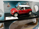 Macheta Mini  2001 - SOLIDO scara 1:18