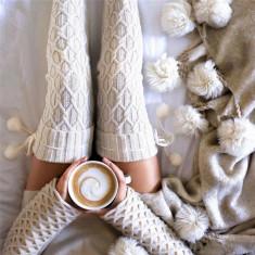 Ciorapi Dama Peste genunchi de Iarna Caldurosi Hand Made Sosete Lungi Ciucurasi - Dres, Marime: Masura unica, Culoare: Alb, Gri