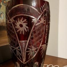 Vaza din cristal rosu de rubin - Vaza sticla