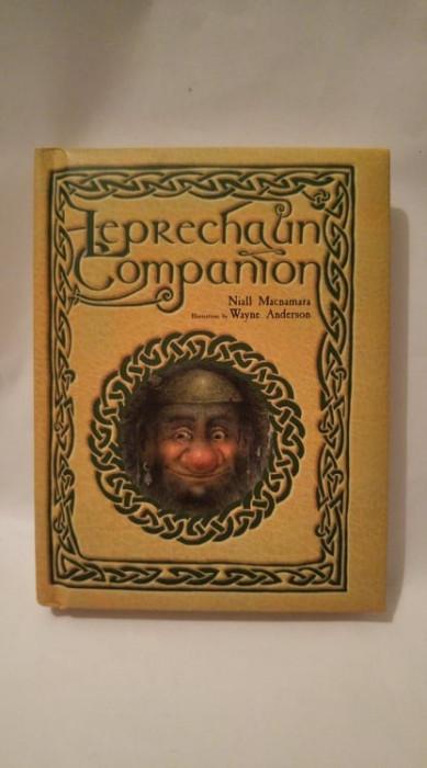 Carte in limba engleza Leprechaun Companion, Niall Macnamara, ilustratii superbe