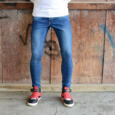 Blugi barbati conici pana simpli albastri prespali elastici slim fit casual