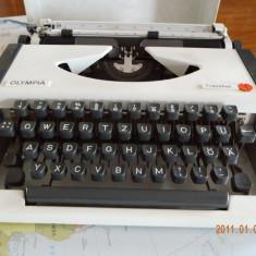 Masina de scris portabila