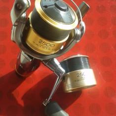 Mulineta Shimano TWIN POWER XT-RB 2500