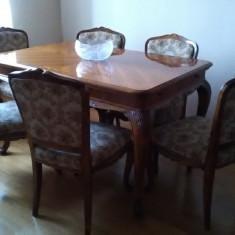 Sufragerie Baroc- masa si 6 scaune, 2 servante si o vitrina