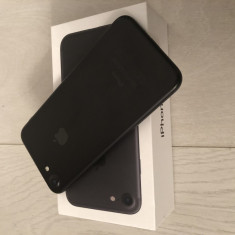 Iphone 7 negru mat 32GB - Telefon iPhone Apple