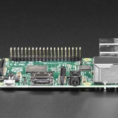 Raspberry Pi B+ V1.2 + Carcasa + 8Gb MicroSD + Cablu LAN
