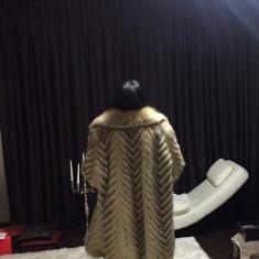 Haina blana vulpe dama - haina de blana