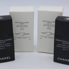 Fond de ten Chanel Perfection Lumiere Velvet SPF15 Nuanta la alegere, Lichid