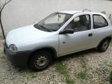 Opel Corsa 97 motor 1.2 175.000 km, ambreiajul este inca  în garanție, Benzina, Coupe