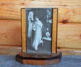 Rama foto veche ungureasca, din lemn si sticla perioada interbelica